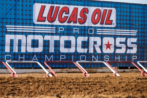 AMA 450MX: JS7, DW15, TC41 IN, BB4 a JB19 OUT